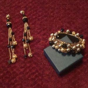 Stunning Vintage Black/Gold Bracelet & Earring Set